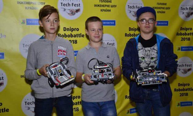 Нові перемоги юних робототехніків