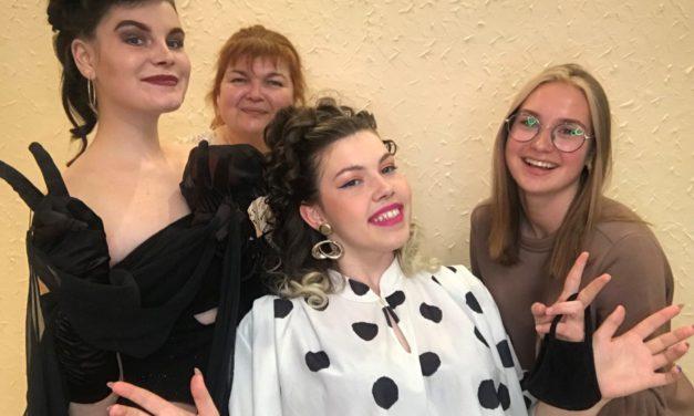 Участь Державного навчального закладу «Запорізький професійний ліцей сервісу» у  Всеукраїнському онлайн- фестивалі молодих дизайнерів зачіски та стилю «Retro Fest'21»